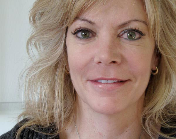 Suzanne White